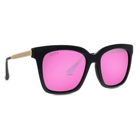04fbdbdc818 Diff Eyewear Accessories - Diff Bella Black Pink Polarized Sunglasses
